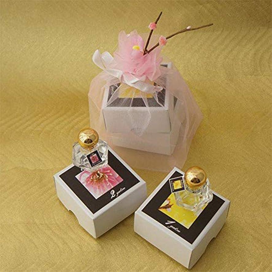ヒロイン建物シェード梅くらべ 1月蝋梅と2月梅の2種類の梅の香り