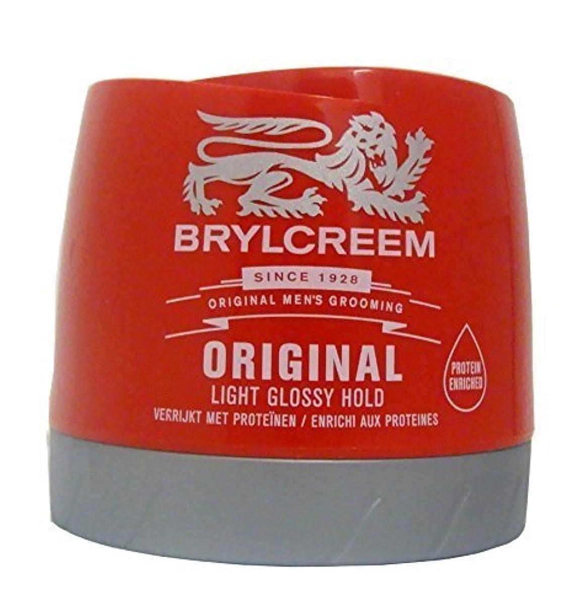 偽造ご意見クランプBrylcreem Original Red Hair Cream - 250 ml by Sara Lee [並行輸入品]