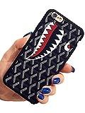 (ラウンドアース) Round Earth スマートフォンカバー ゴヤール風のおしゃれ柄に強面サメのかわいい表情がたまらない iPhone6Plus/6sPlus ブラック