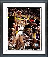 ラリー・バードBoston Celtics NBAアクション写真(サイズ: 26.5CM x 30.5CM )フレーム