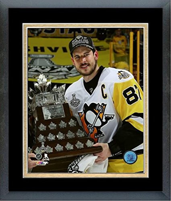 Sidney Crosby Pittsburgh Penguins 2017 Conn Smythe Trophyフォト(サイズ: 26.5 CM x 30.5 CM )フレーム