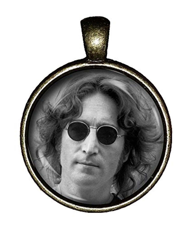 John LennonネックレスヴィンテージHottie The Beatlesジュエリーギフトペンダントチャームchaoticfashion