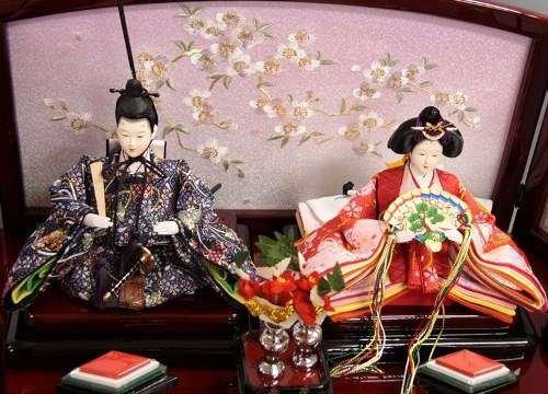 【新作】【雛人形】【ひな人形】【収納三段五人飾り】春慶塗り古代桜花うさぎ糸巻き123【コンパクト三段収納飾り雛人形】
