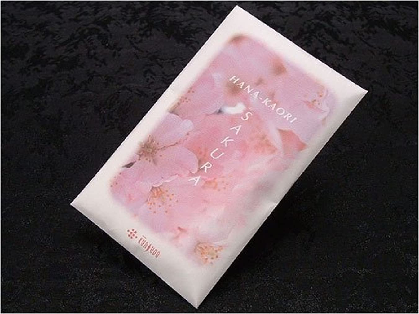 分泌する雪の粘性の薫寿堂の匂い袋 花かおり サシェ さくら