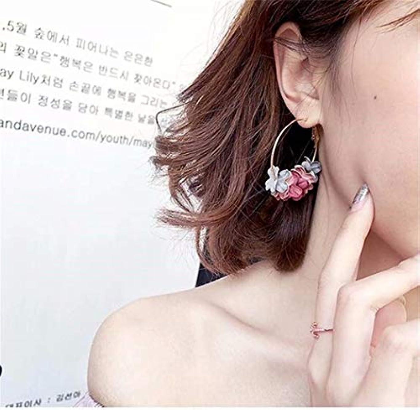 オズワルド色合いひどい七里の香 フラワードロップピアス人工真珠の花ガーランドブラブラフープピアス女性のフラワーブラブライヤリング