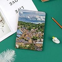 iPad Pro 11 ケース 2018 マグネットス吸着式 オートスリープ機能 スリム 軽量 シルク手触り 高級感 iPad Pro 11インチ専用 スマートカバーディナンランス川の北西フランスの風景の森の古代の町の上の劇的な雲