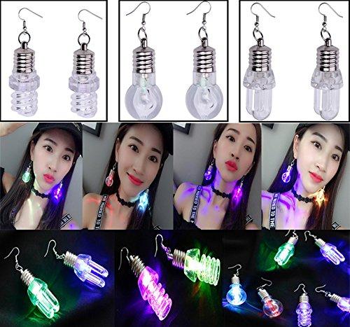 4色に光る LED電球ピアス 女のためクールな発光LEDライトのイヤリング、ハロ...