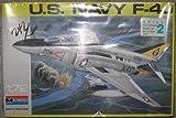 おもちゃ U.S. Navy F-4J Fighter Jet Model モデル 1:72 Scale [並行輸入品]
