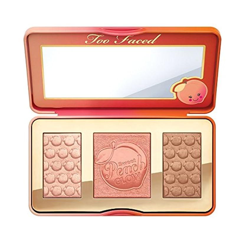 メロディー手錠緩やかなToo Faced Sweet Peach Glow Highlighting Palette [並行輸入品]