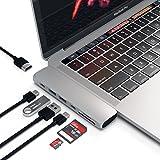 Satechi Type-C アルミニウム Proハブ Macbook Pro 13/15インチ用 40Gbs Thunderbolt 3 4K HDMI パススルー充電 Micro/SDカード USB 3.0ポート×2 マルチ USB ハブ (シルバー)