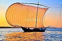 風景写真ポスター 茨城 筑波山と帆引き舟01 筑波山と霞ケ浦は水郷筑波国定公園に位置する、都心に近い観光スポット。筑波山は三角定規を二つ並べたようなきれいな姿。霞ケ浦は日本第二位の大きさを誇る湖で、帆引き船は霞ケ浦の夏から秋にかけての風物詩として有名です。この自然豊かな景色をお楽しみください。 (A1 84.1×59.4cm)