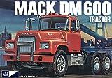 MPC 1/25 マック DM 600 トラック プラスチックモデルキット MPC859