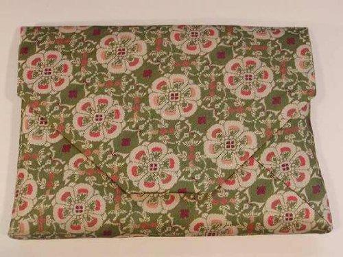 茶道具 数寄屋袋(すきや袋) 花鳥 梅花文 錦(かちょう ばいかもん にしき)--緑色 龍村美術織物裂地