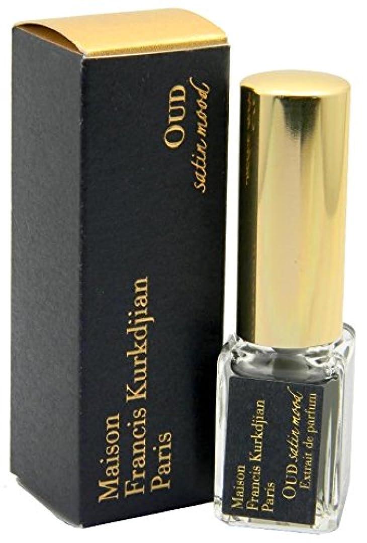 マキシム調整する背の高いメゾン フランシス クルジャン ウード サテン ムード エクストレ ド パルファン トラベルサイズ 5ml(Maison Francis Kurkdjian Oud Satin Mood Extrait de parfum Spray Mini 5ml) [並行輸入品]