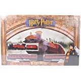 Harry Potter and the Sorcerer's Stone - Hogwarts Express / Bachmann HO Train Set by Bachmann Trains