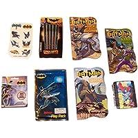 DC Comics BatmanアクティビティGiftセット~ Gotham 's Guardians (ボード本、スティックペン、Lenticularノートブック、Tattoos、ステッカー、Grab and Go Playパック; 8項目、1バンドル)