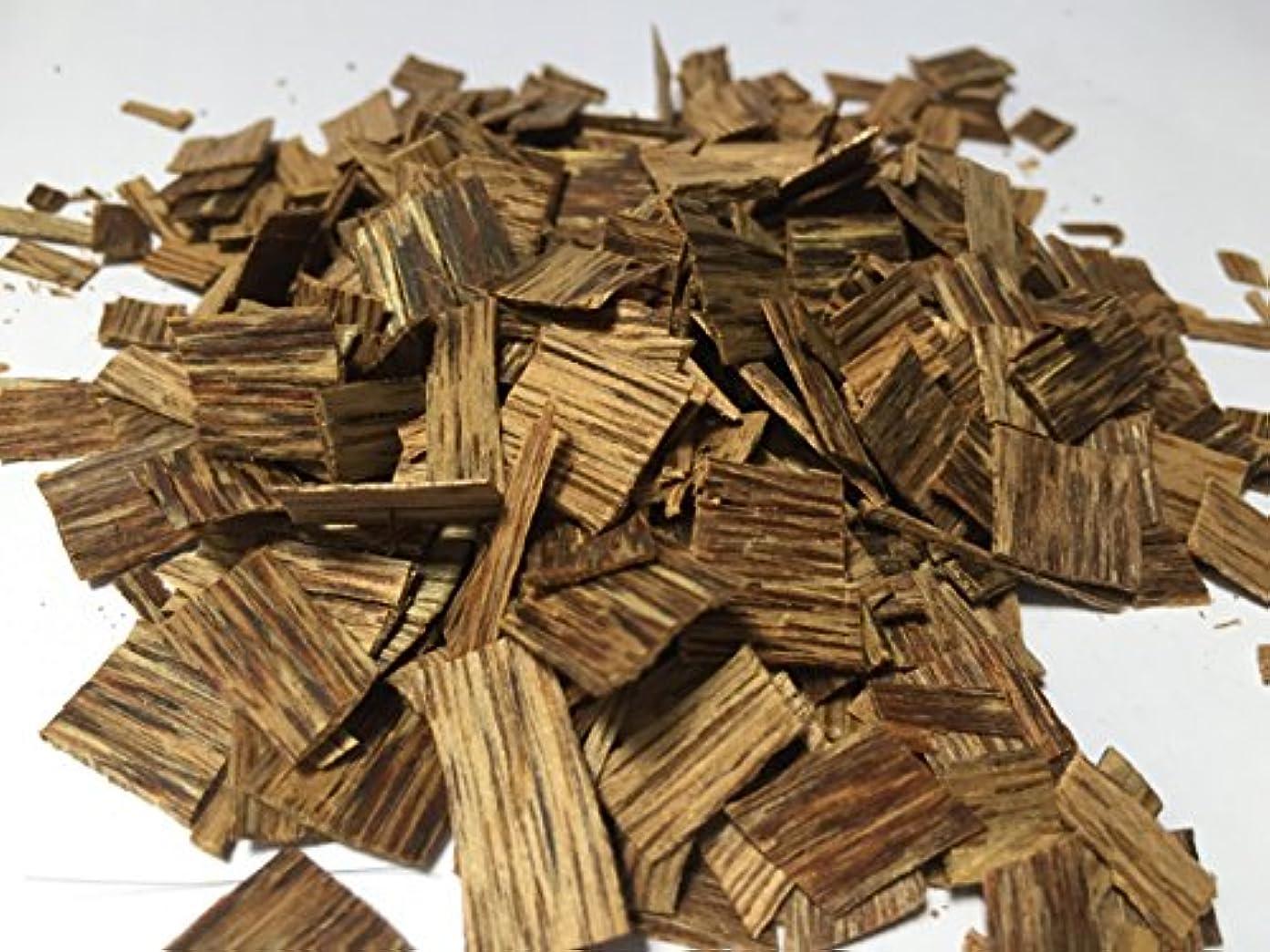 手数料シリンダー供給oudwoodvietnam. Com元Natural Wild Agarwood OudチップGrade A + | 70グラムお香アロマ