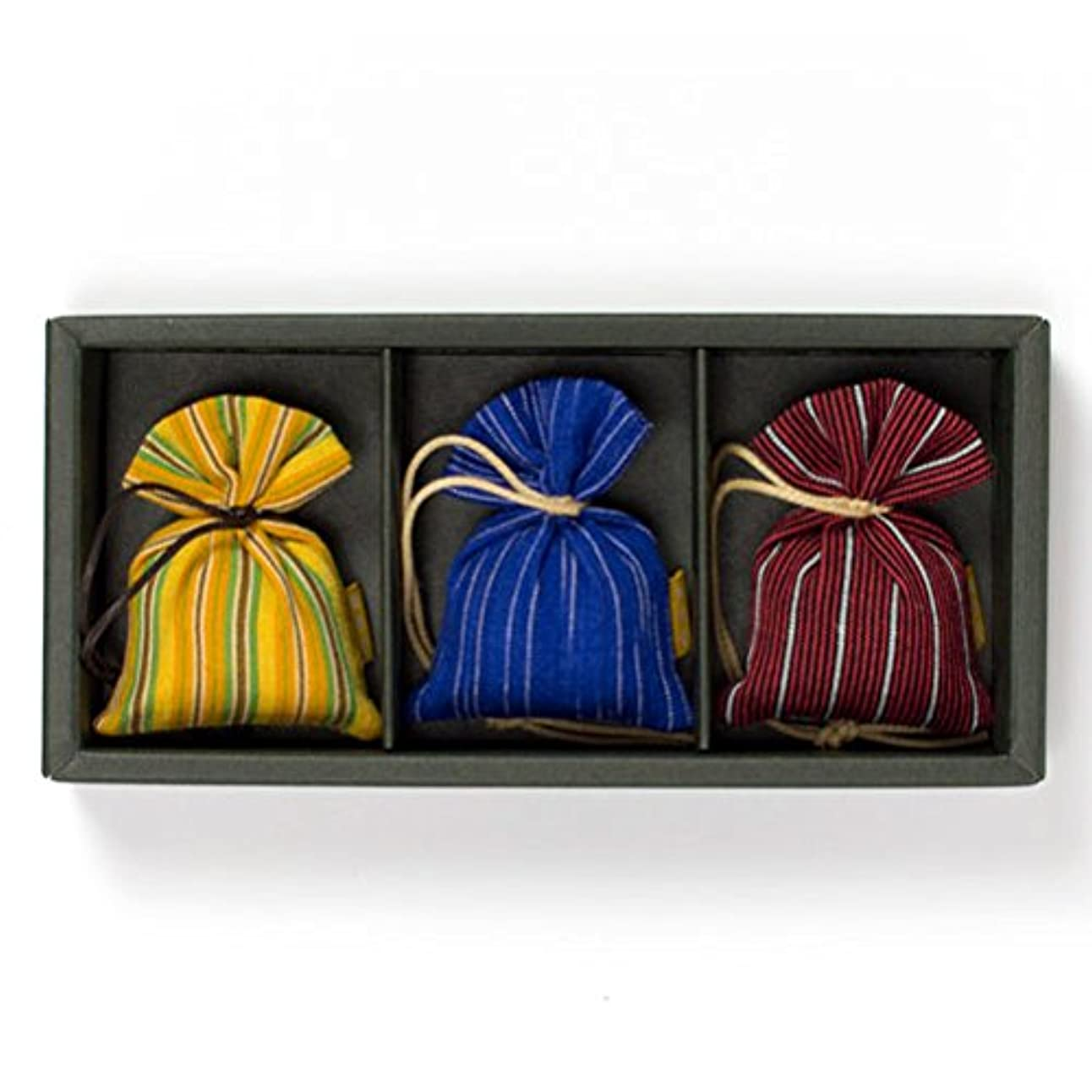仮称判読できない一般的な匂い袋 誰が袖 ルリック(縞) 3個入 松栄堂 Shoyeido 本体長さ60mm (色?柄は選べません)