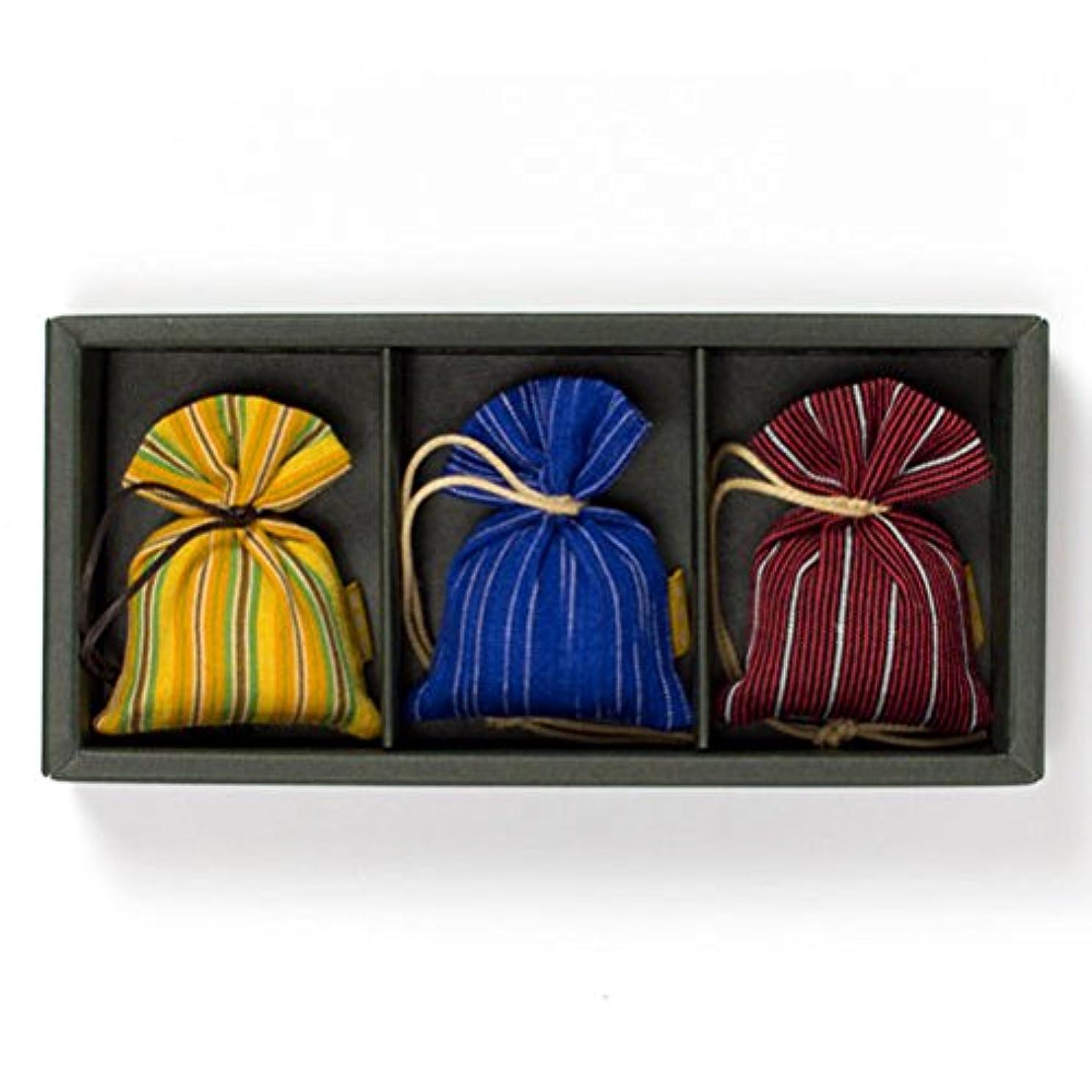 機関押すシングル匂い袋 誰が袖 ルリック(縞) 3個入 松栄堂 Shoyeido 本体長さ60mm (色?柄は選べません)