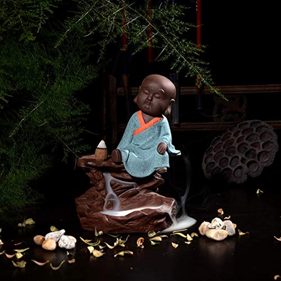 ずるい運河ニュージーランドお香バーナー仏僧僧陶器家の装飾茶道お香バーナー逆流香バーナー像仏16 * 8センチ