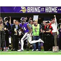 Stefon Diggs Minnesota Vikings 2017 NFC Divisional PlayoffゲームWinning TD公式写真8 x 10