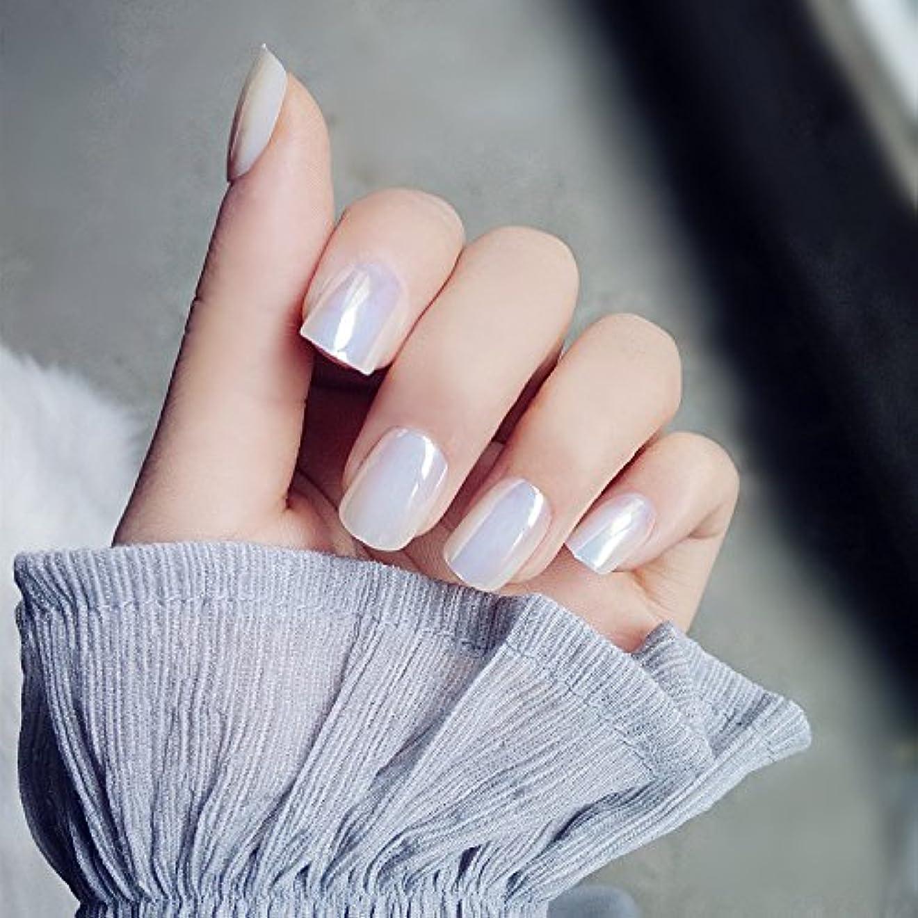 鎮静剤酔うもっと少なく超薄型ネイル 手作りネイルチップ 新製品 真珠の光沢 ショート型ネイル つけ爪 24枚組 超薄型ネイル