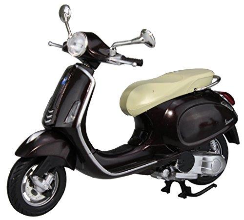 スカイネット 1/12 完成品バイクモデル ベスパ プリマベーラ ブラウンの詳細を見る
