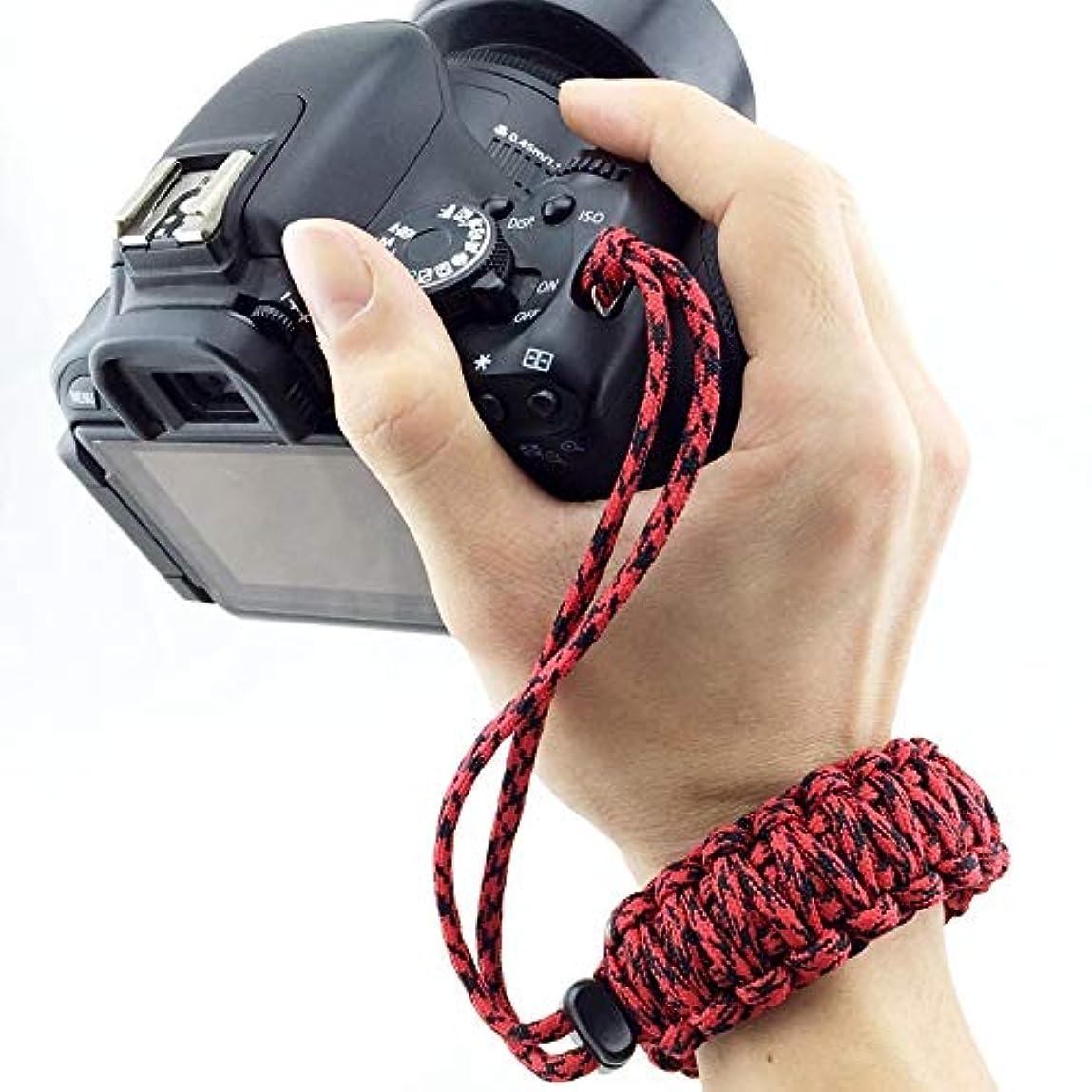 容器微妙それからHJJUANJP カメラアクセサリー 保護 DSLR/SLRカメラ、ランダムカラーデリバリーのためのDIY織りスタイルアンチロストカラフルなリストストラップグリップ緊急サバイバルブレスレット