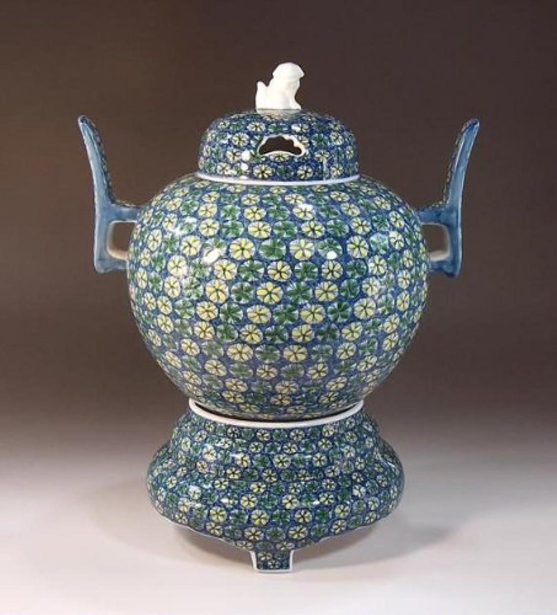 賞典型的な立派な有田焼?伊万里焼の陶器高級香炉|贈答品|ギフト|記念品|贈り物|小花紋様?陶芸家 藤井錦彩
