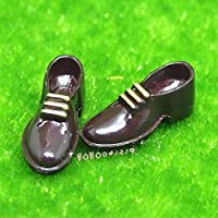 Bobominiworld A Pair Of Shoes Dollhouse Miniatures Decoration 1:12 Scale Length 2cm Brown