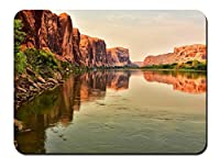 川、岩、山、夕暮れ パターンカスタムの マウスパッド 旅行 風景 景色 (22cmx18cm)