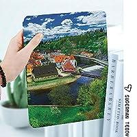 iPad 2/3/4 対応 2つ折りケース スタンド機能 オートスリープ超薄型 傷つけ防止ケース 手帳型カバー 環境にやさしい材質チェスキークルムロフチェコ共和国の建物大聖堂観光地パノラマ写真