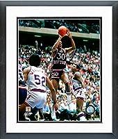 "Bernard King New York Knicks NBAアクション写真(サイズ: 22.5"" X 26.5CM )フレーム"
