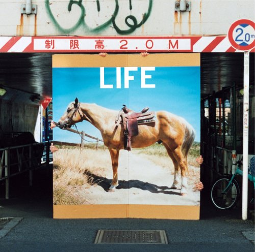 LIFE(初回生産限定盤)の詳細を見る