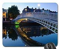 Halfpenny Bridgeダブリンアイルランドラバーコンピューターマウスパッドマット