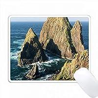 SilwickとWesterwickの間の崖。シェトランド、スコットランド。 PC Mouse Pad パソコン マウスパッド