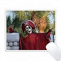 スケルトンの海賊赤い衣装 PC Mouse Pad パソコン マウスパッド