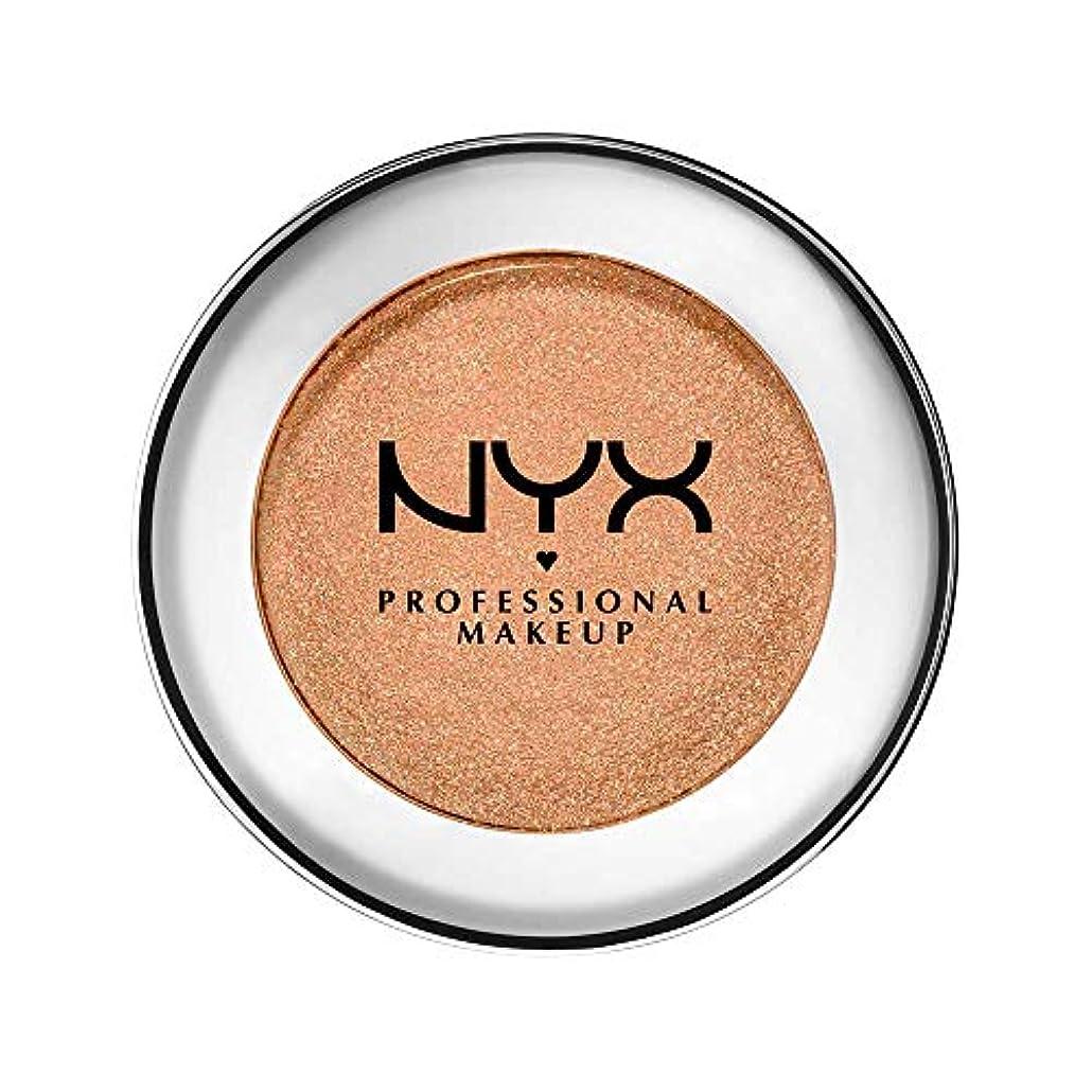 種類ライトニングそれるNYX(ニックス) プリズマ シャドウ 03 カラーリキッド ゴールド