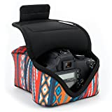 デジタル一眼用スリーブケース デュラネオプレンテクノロジー採用・アクセサリー収納&ストラップ開閉式 - USA GEAR製 – 対応機種 Nikon D5500 , Canon EOS KISS X7 等々のデジタル一眼レフカメラ
