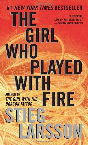 The Girl Who Played with Fire: Book 2 of the Millennium Trilogy (Vintage Crime/Black Lizard)の詳細を見る