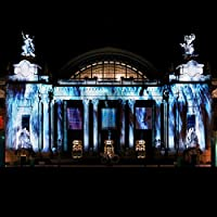 Universe of Water Particles on the Grand Palais