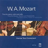Piano Trios / Divertimento in B Flat Major by W.A. Mozart (2005-01-01)