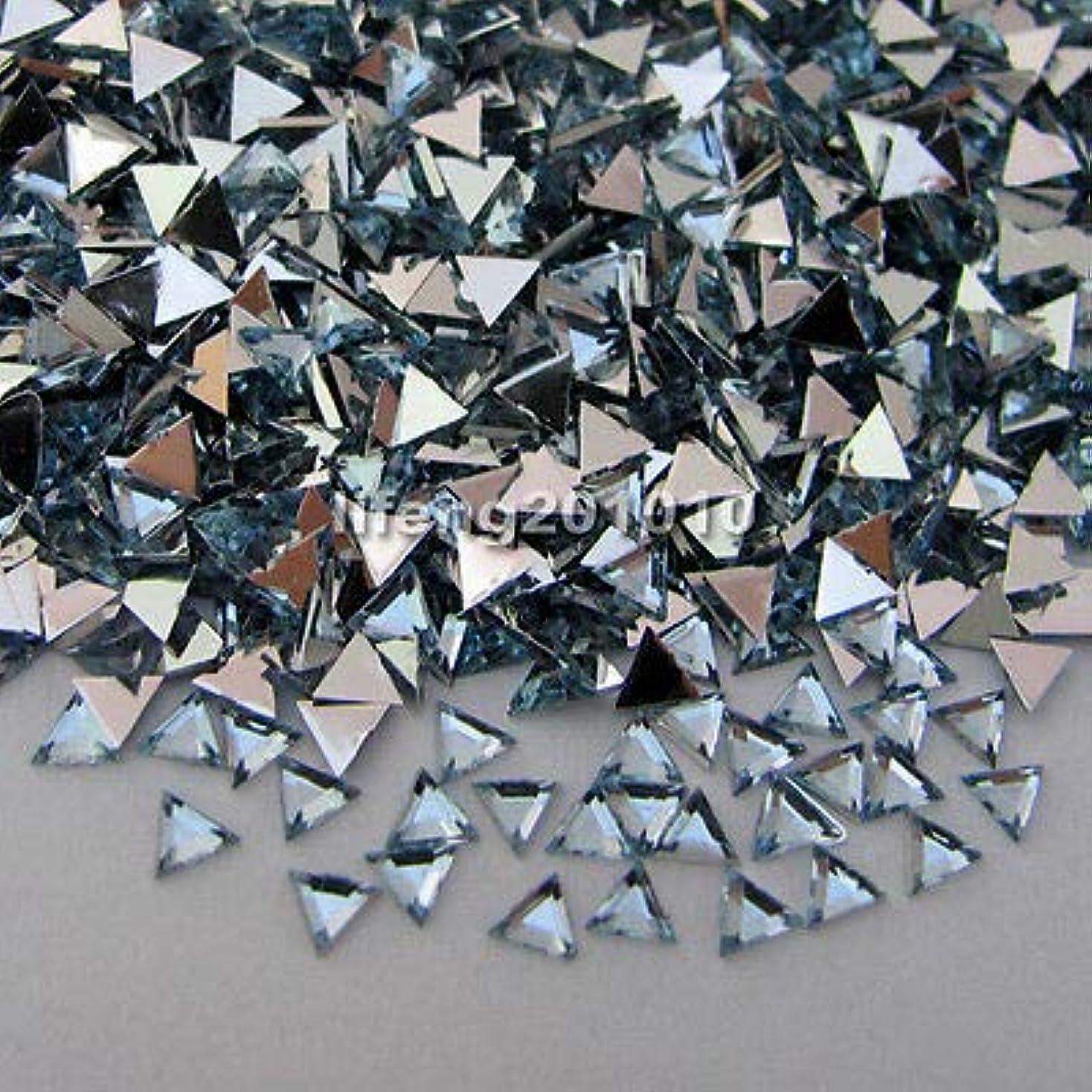 フレア権限を与える廃止するFidgetGear 10000ピーストライアングル3Dアクリルネイルアートデコレーションフラットバックラインストーン宝石