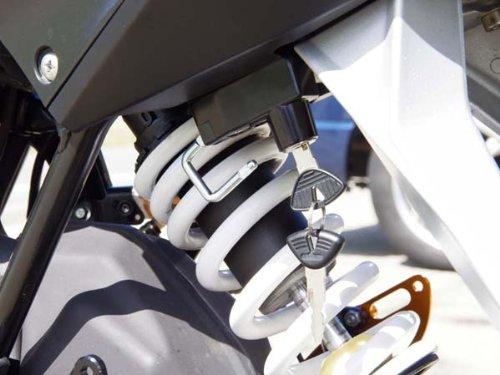 ベビーフェイス(BABY FACE) ヘルメットロック KTM 125/200 DUKE[デューク] ブラック 009-LCKT1BK