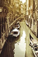 Water Canal in Venice Italy Journal: 150 Page Lined Notebook/Diary