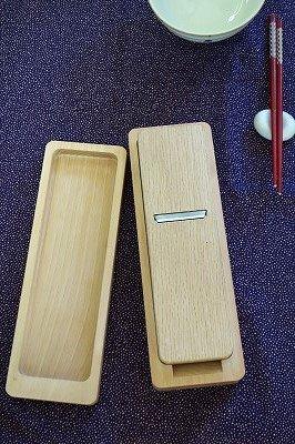 台屋の鰹節削り器 ブナ×別注青紙 試し削り済み (紅)