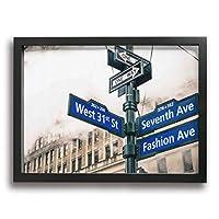 Hao Jinsun Modern Street Sign And Vapor Steam In New York City 絵画 壁ポスター アートパネル 装飾画 壁飾り インテリアアート 木製の枠 モダン 現代の絵 額縁付き 40×30cm