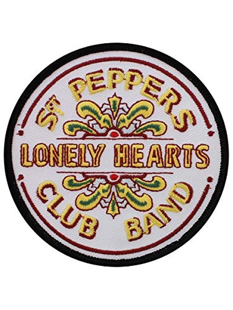 メディカル味わう示すBeatles Sgt. Pepper アイロン接着/縫い付け式布パッチ    (ro)