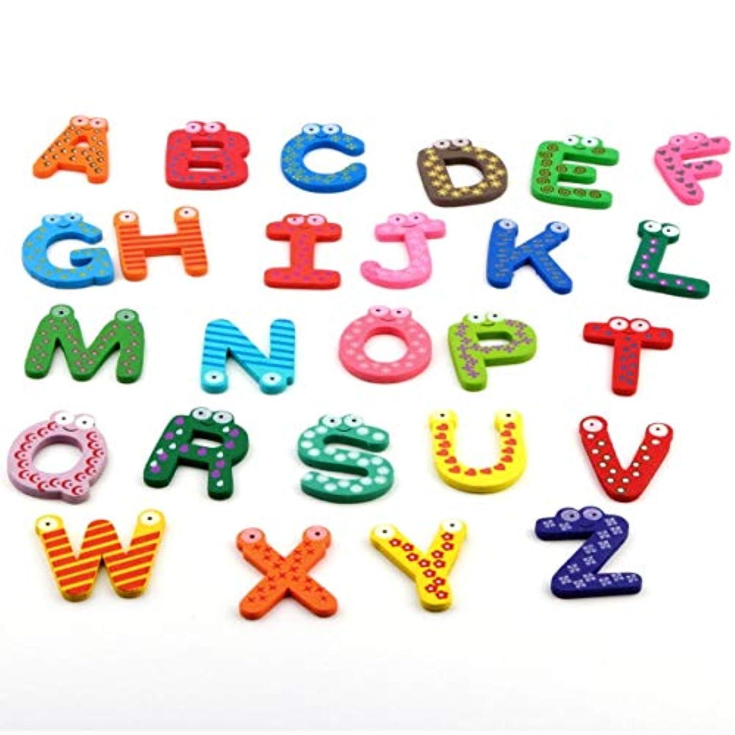 草例適用済み子供のおもちゃ26ピース/セット木製漫画アルファベットAZマグネット子供教育玩具木製冷蔵庫ステッカーギフト用多彩な色-多色