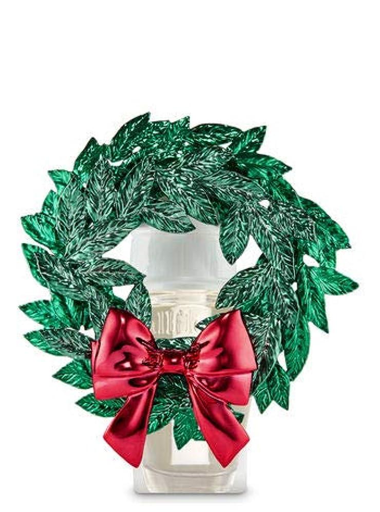 筋肉のアシスト通知【Bath&Body Works/バス&ボディワークス】 ルームフレグランス プラグインスターター (本体のみ) マグノリアリース Wallflowers Fragrance Plug Magnolia Wreath [...
